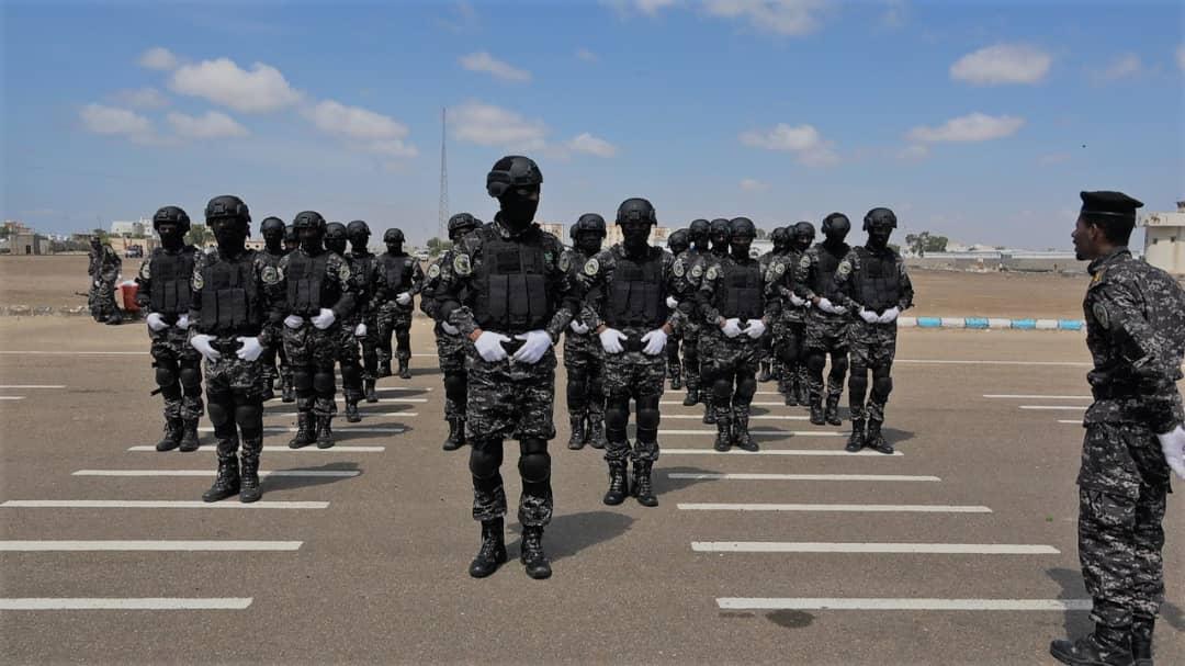 """حماية المنشئآت تقيم عرضا عسكري بمناسبة الذكرى """"56""""لثورة أكتوبر المجيدة"""