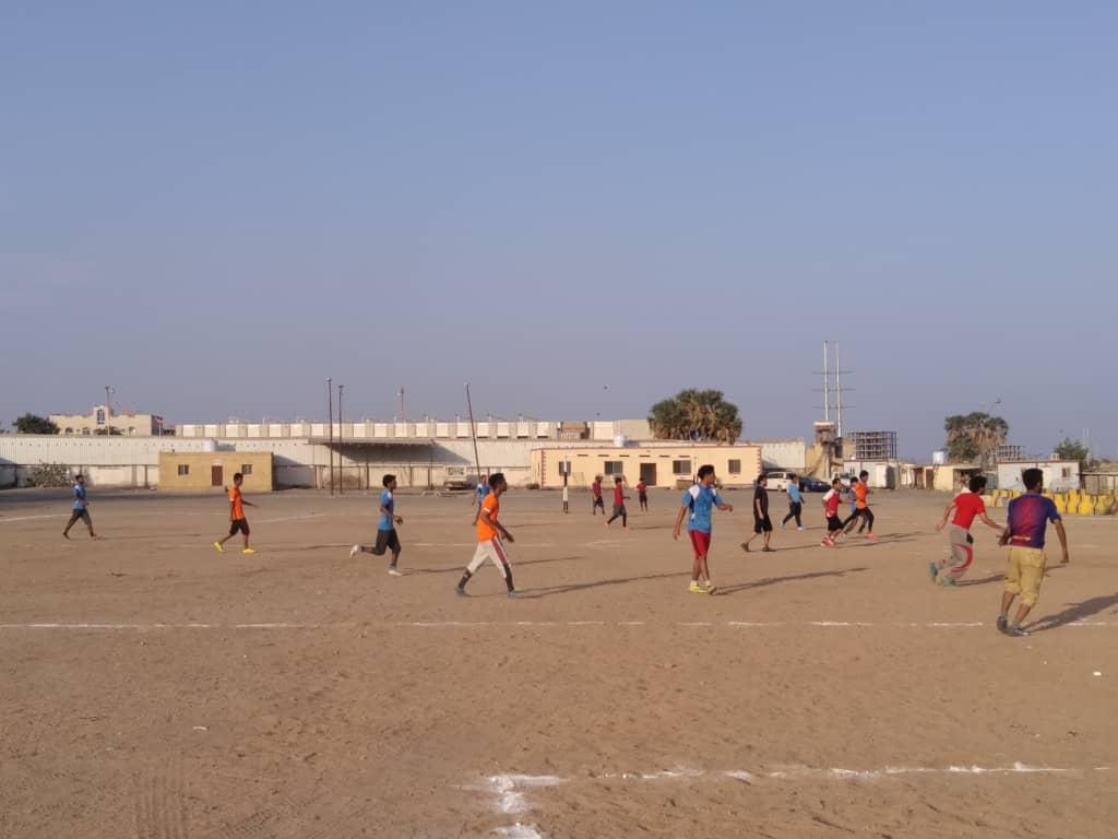 ميناء الزيت يتغلب على أمن لحج في دوري قوات الدعم والإسناد الرمضاني لكرة القدم